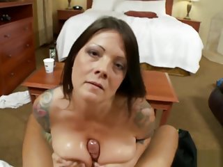 MomPov Nikki - 41 year old tattooed MILF E36