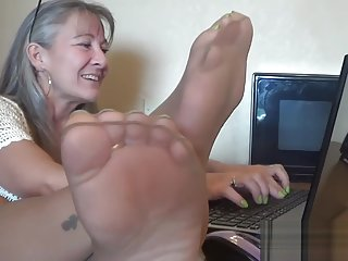 Office Dangle n Tease of Pantyhose Feet